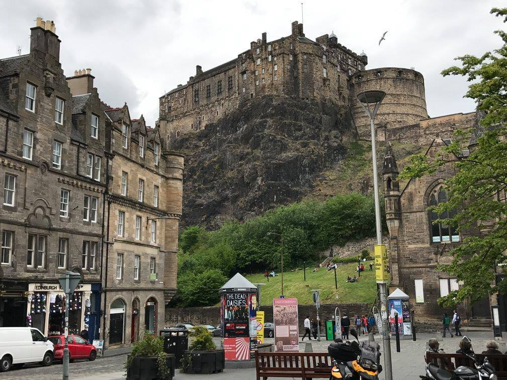 Edinburgh Castle, a return trip